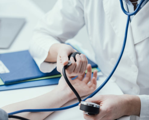 Visita cardiologica alla farmacia Menis